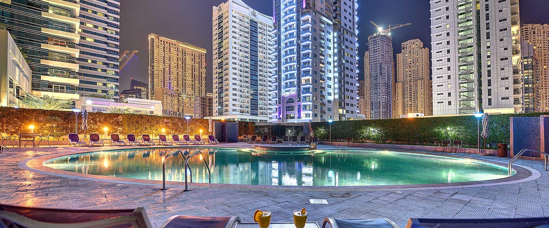 4 star luxury hotel apartments in dubai marina marina for Luxury hotels in dubai marina